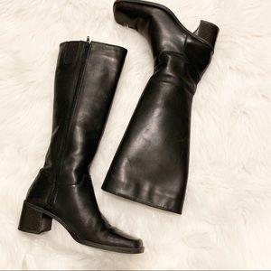 Bandolino Safford Black Leather Heeled Boots Sz 6